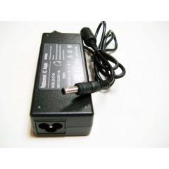 Блок питания (сетевой адаптер) для ноутбуков Samsung 19V 4.74A  (разъём 5 мм. с центральным контактом)